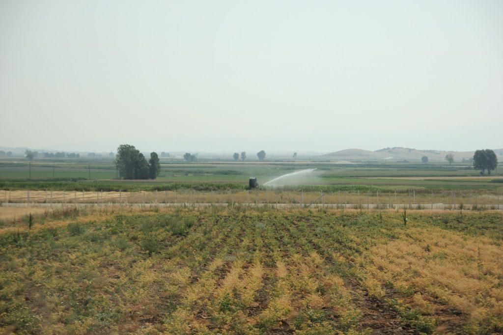 campos para sistemas de riego agricolas