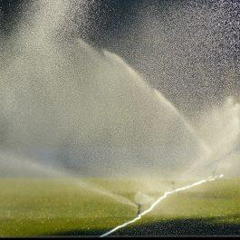 Sistemas de riego por aspersión de agua